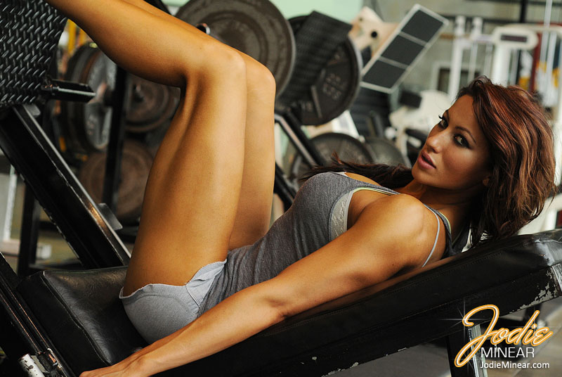 Hot IFBB Pro Jodie Minear Talks With RateMyArms.com